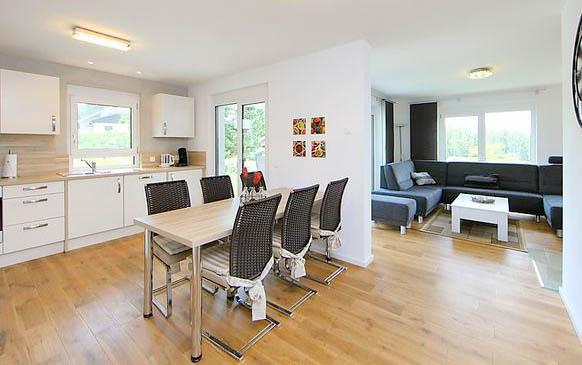 modernes ferienhaus schwarzwald dittishausen 6 personen ferienhaus schwarzwald. Black Bedroom Furniture Sets. Home Design Ideas