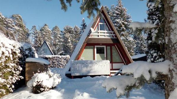 ferienpark schwarzwald ferienhaus 4 personen neuhausen ferienhaus schwarzwald. Black Bedroom Furniture Sets. Home Design Ideas